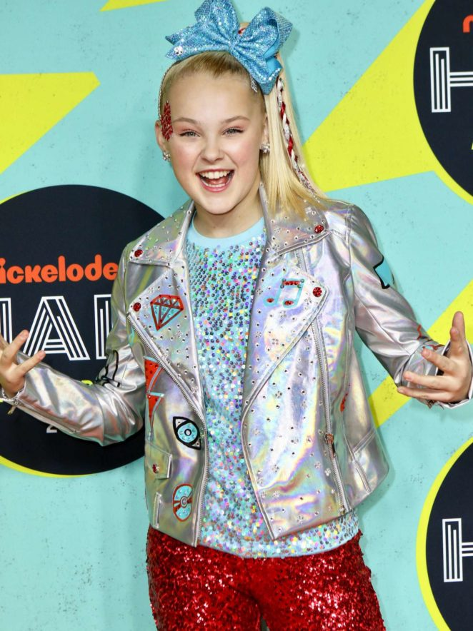 JoJo Siwa - 2017 Nickelodeon Halo Awards in New York City