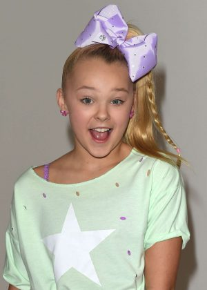 JoJo Siwa - Elizabeth Glaser Pediatric AIDS Foundation's 'A Time For Heroes' in LA