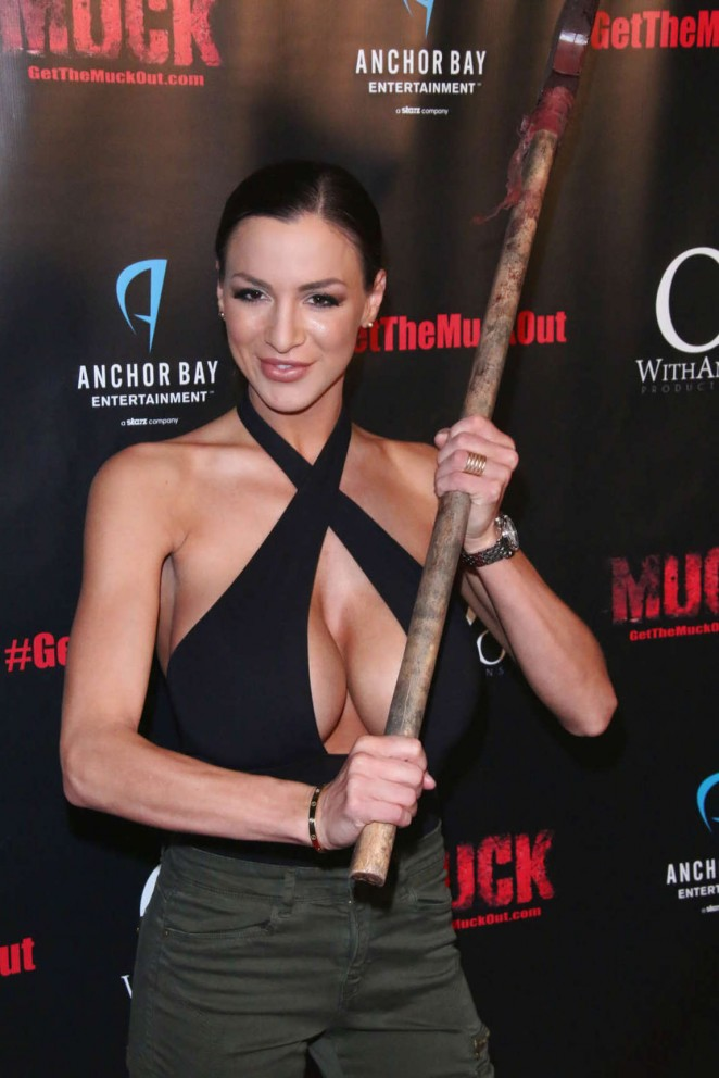 "Jordan Carver – ""Muck"" Screening in Hollywood"