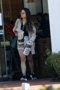 Jordana Brewster at Erewhon Market in Pacific Palisades