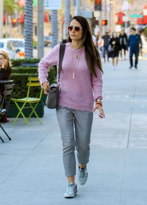 Jordana Brewster - Christmas Shopping on Rodeo Drive in Beverly Hills