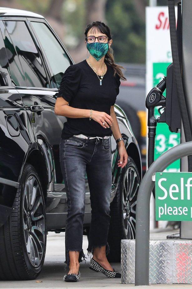 Jordana Brewster - Fill up gas in Brentwood