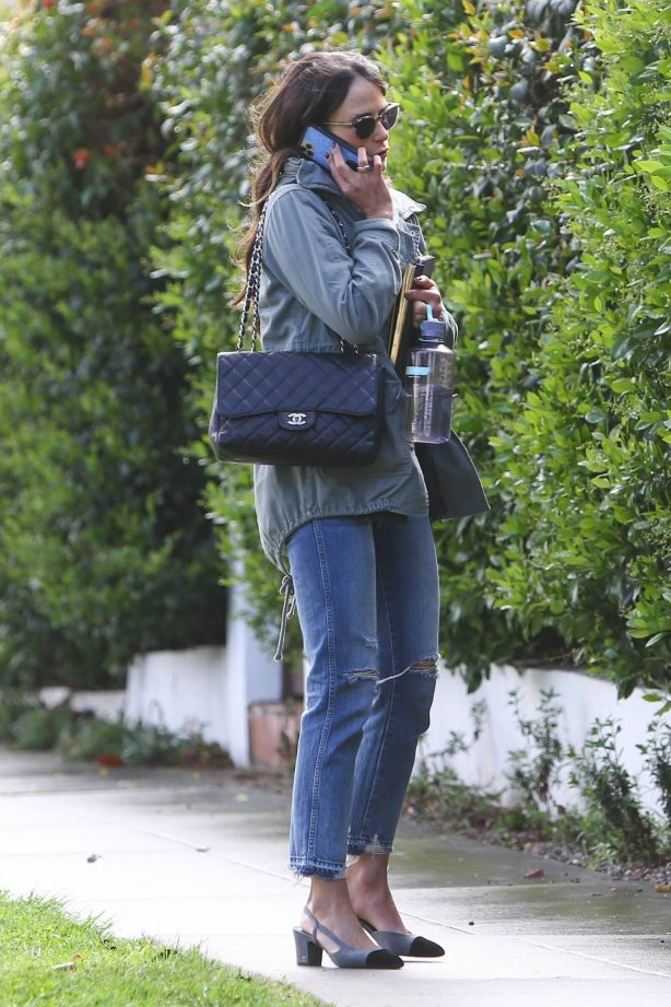 Jordana Brewster - heading to a meeting in Hollywood