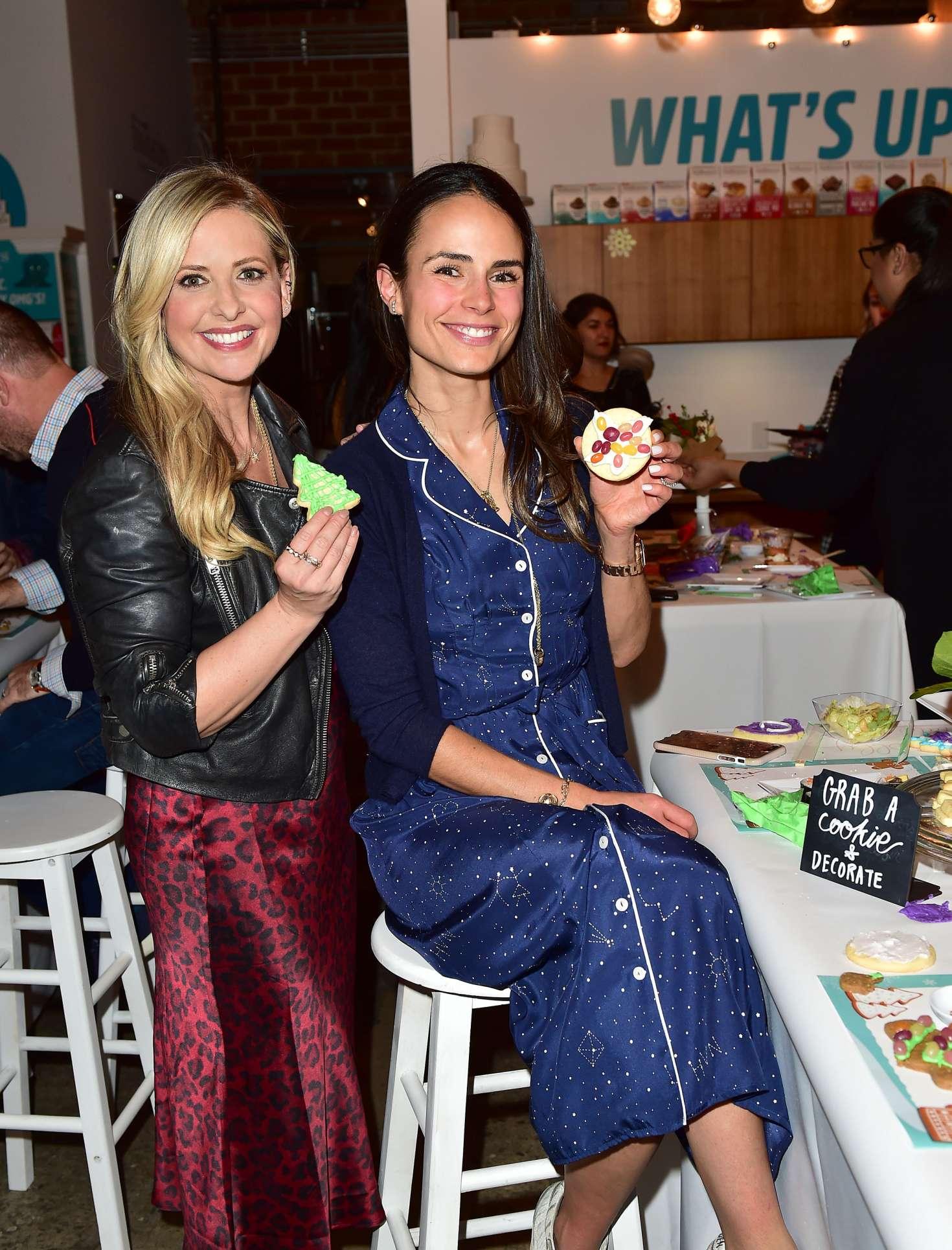 Jordana Brewster 2018 : Jordana Brewster: Holiday Cookie Party benefiting Alliance of Moms & Raising Foodie -02