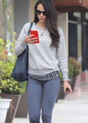 Jordana Brewster in Tight Leggings Leaving a gym in Brentwood
