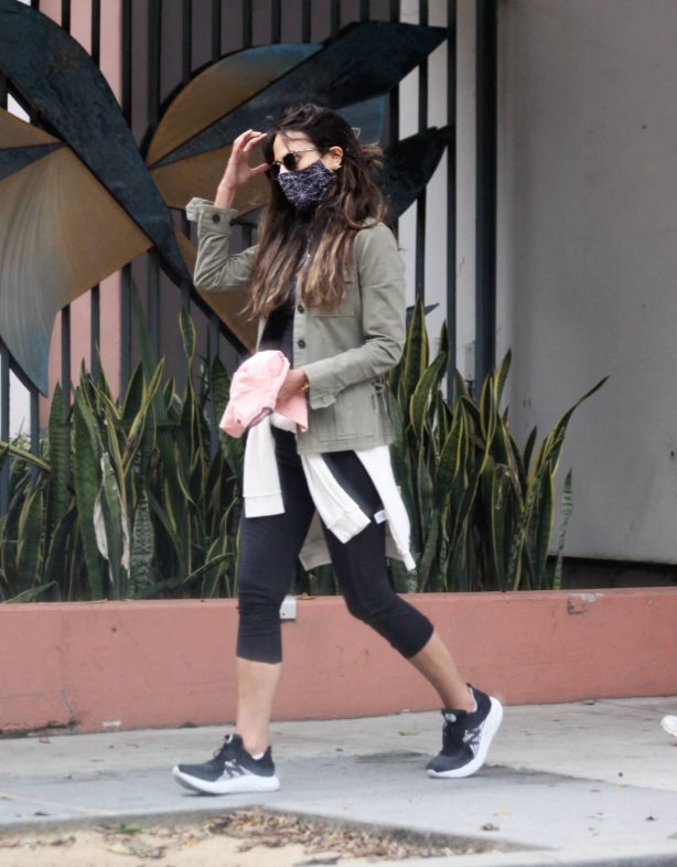 Jordana Brewster - Out and about in Brentwood