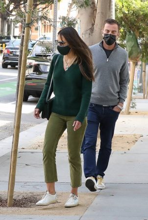 Jordana Brewster - Out for a lunch at Kreation in Brentwood