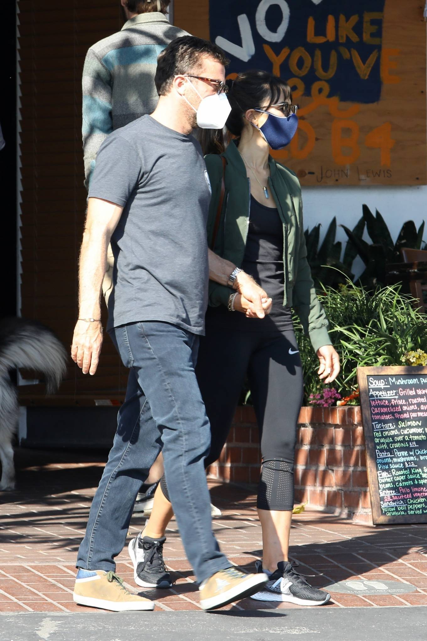 Jordana Brewster 2020 : Jordana Brewster – Out for lunch with her boyfriend in West Hollywood-04
