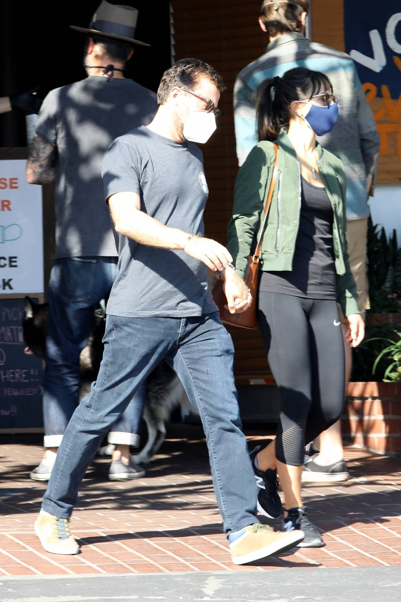 Jordana Brewster 2020 : Jordana Brewster – Out for lunch with her boyfriend in West Hollywood-13