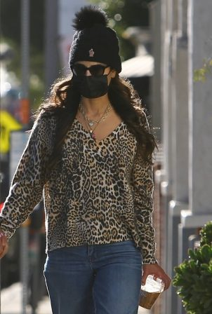 Jordana Brewster - Pictured at Caffe Luxxe in Brentwood