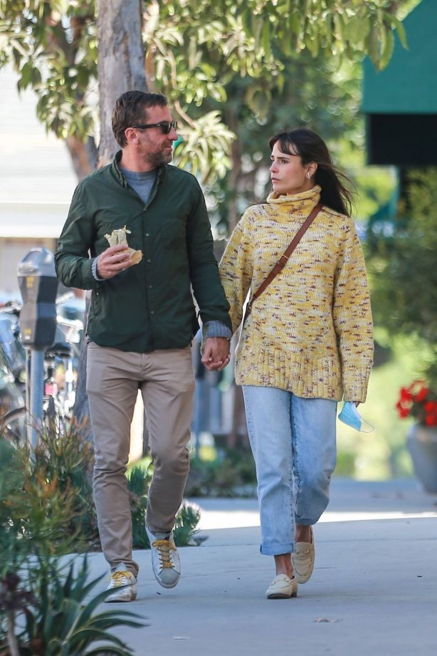 Jordana Brewster - Seen out in Brentwood