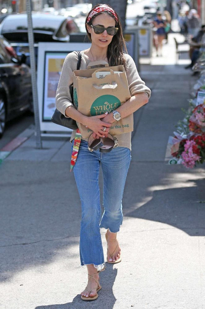 Jordana Brewster - Shopping at Whole Foods in Los Angeles