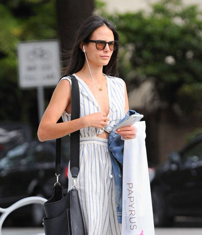 Jordana Brewster Shopping in Santa Monica -01