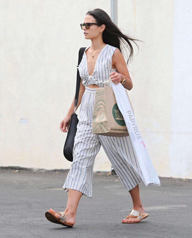 Jordana Brewster Shopping in Santa Monica -13