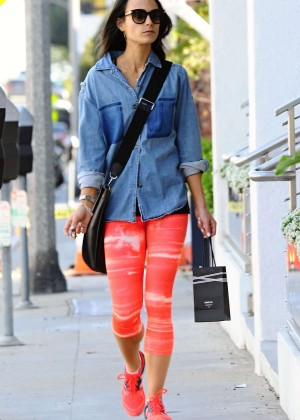 Jordana Brewster in Orange Leggings Shopping in Brentwood