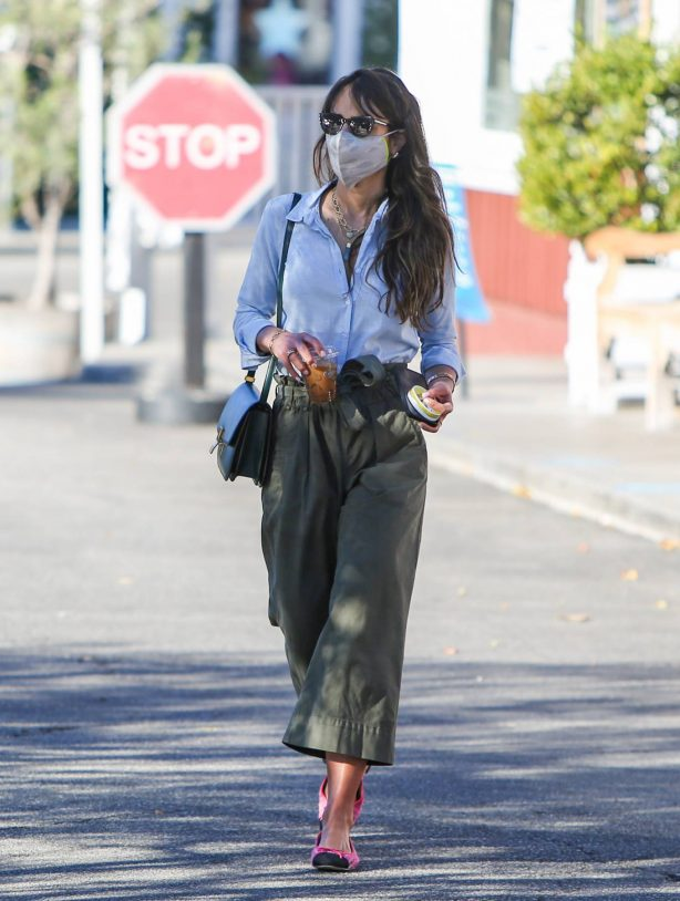 Jordana Brewster - Spotted while out on a coffee run in Brentwood