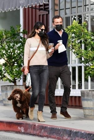 Jordana Brewster - Taking her dog on a walk in Brentwood