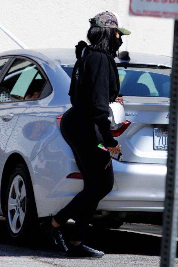 Jordyn Woods - Arrives at spa in Los Angeles