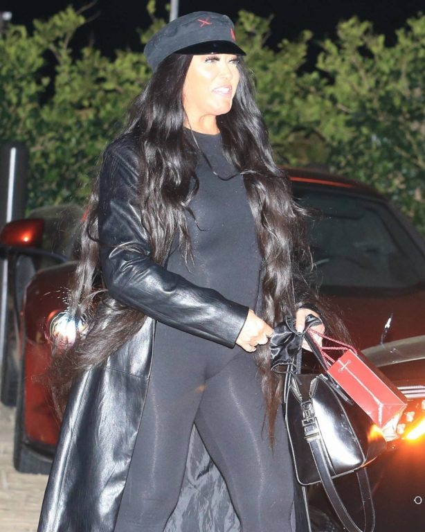 Jordyn Woods - out with her family to celebrate her mom's birthday in Malibu