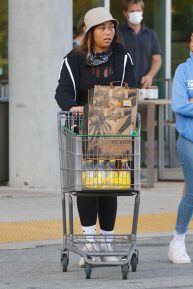 Jordyn Woods - Shopping in Los Angeles
