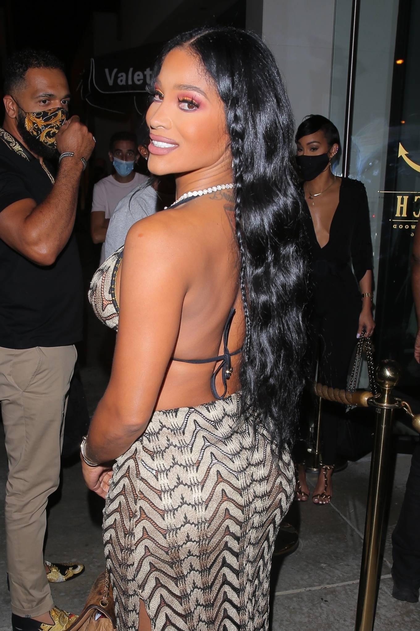 Joseline Hernandez 2021 : Joseline Hernandez – Seen at dinner with husband DJ Ballistic at Catch LA in West Hollywood-04