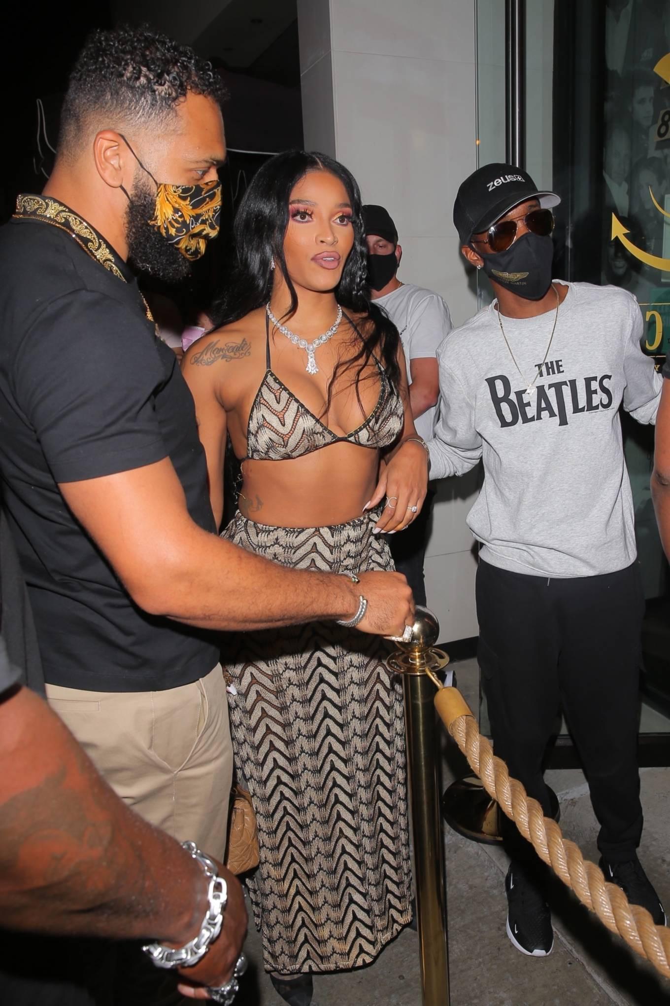 Joseline Hernandez 2021 : Joseline Hernandez – Seen at dinner with husband DJ Ballistic at Catch LA in West Hollywood-14