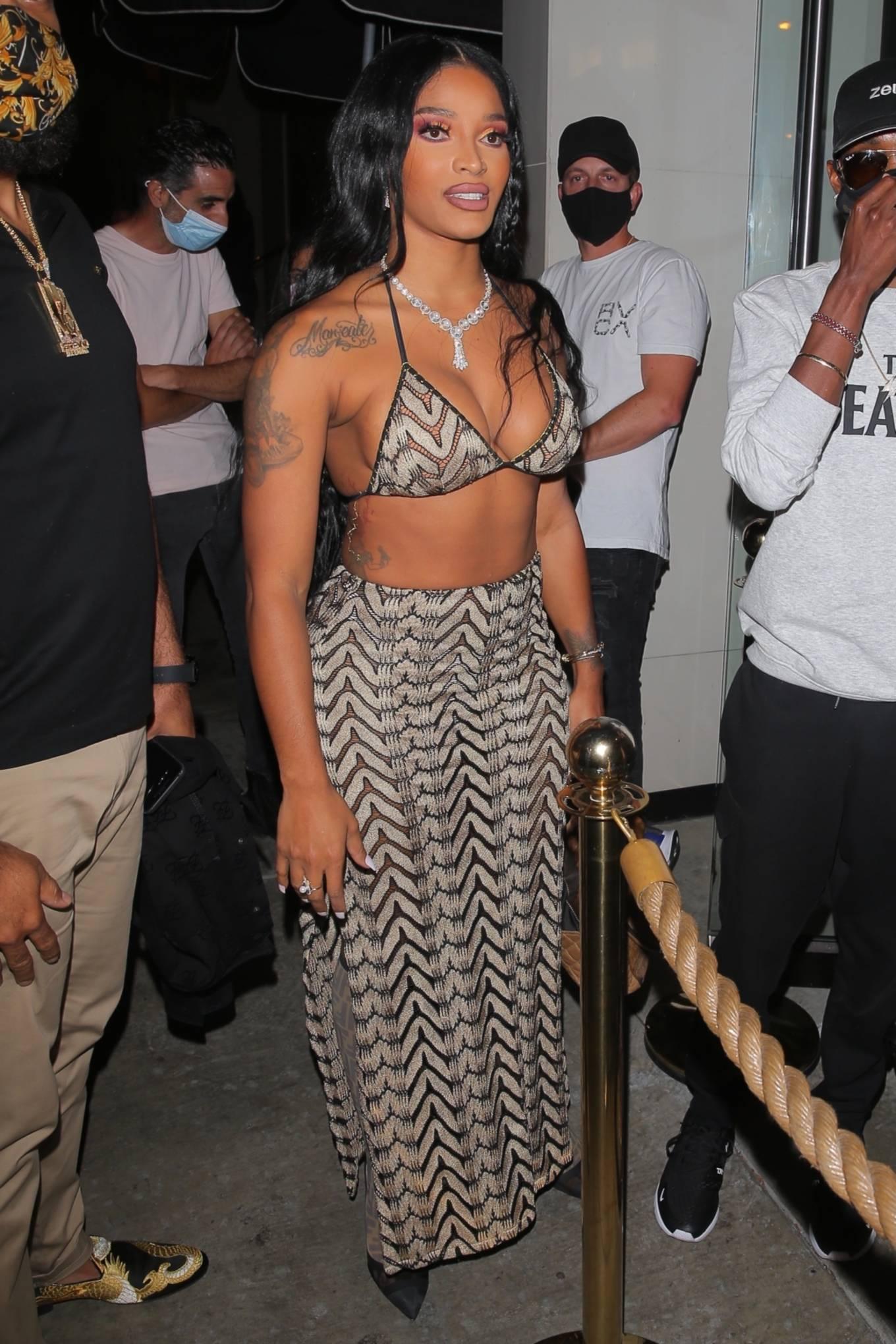 Joseline Hernandez 2021 : Joseline Hernandez – Seen at dinner with husband DJ Ballistic at Catch LA in West Hollywood-52