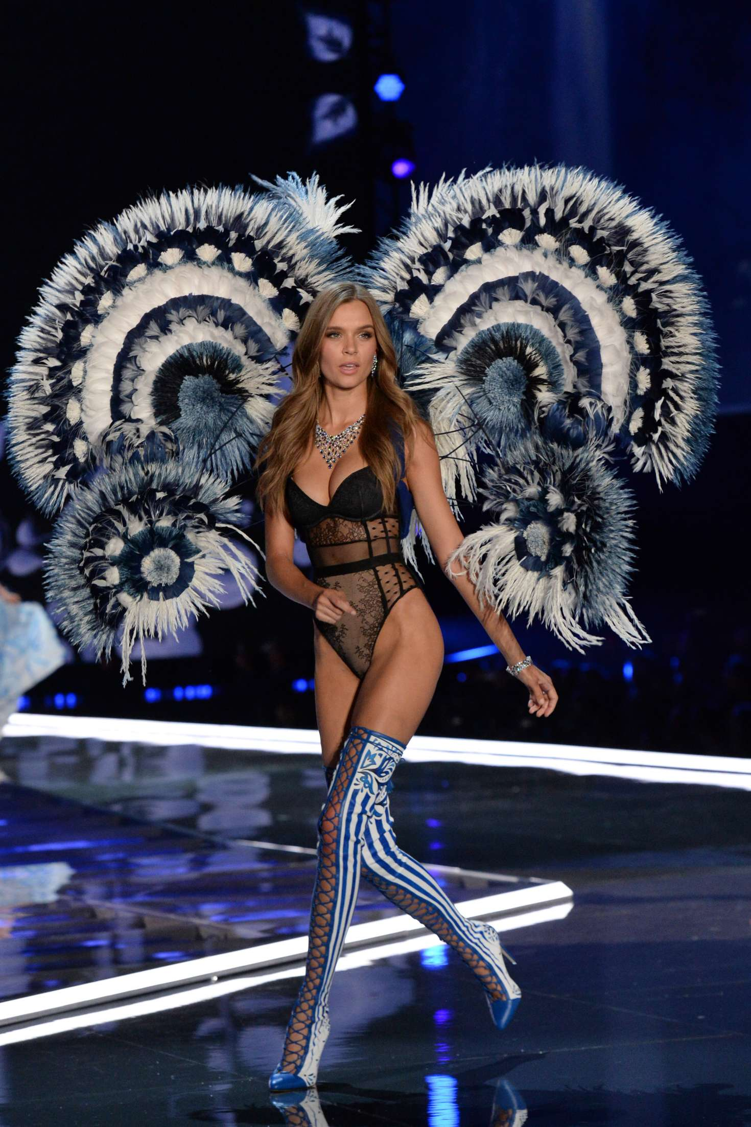 Victoria S Secret Fashion Show  Full