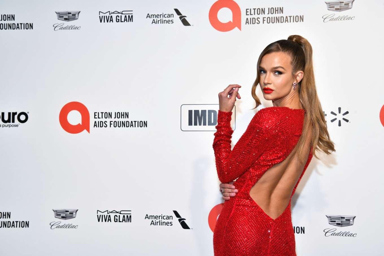 Josephine Skriver 2020 : Josephine Skriver – 2020 Elton John AIDS Foundation Oscar Viewing Party-18