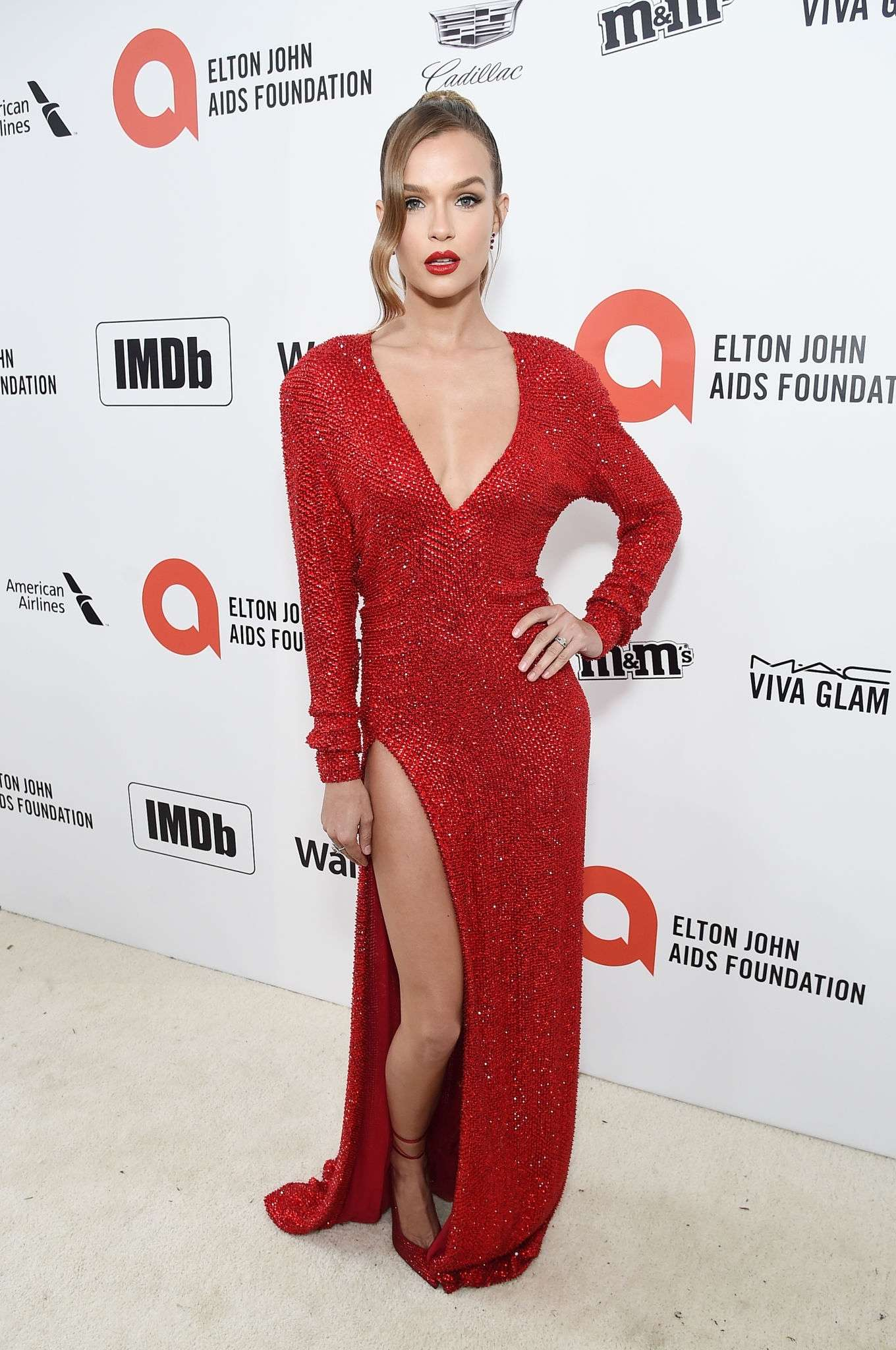 Josephine Skriver 2020 : Josephine Skriver – 2020 Elton John AIDS Foundation Oscar Viewing Party-22