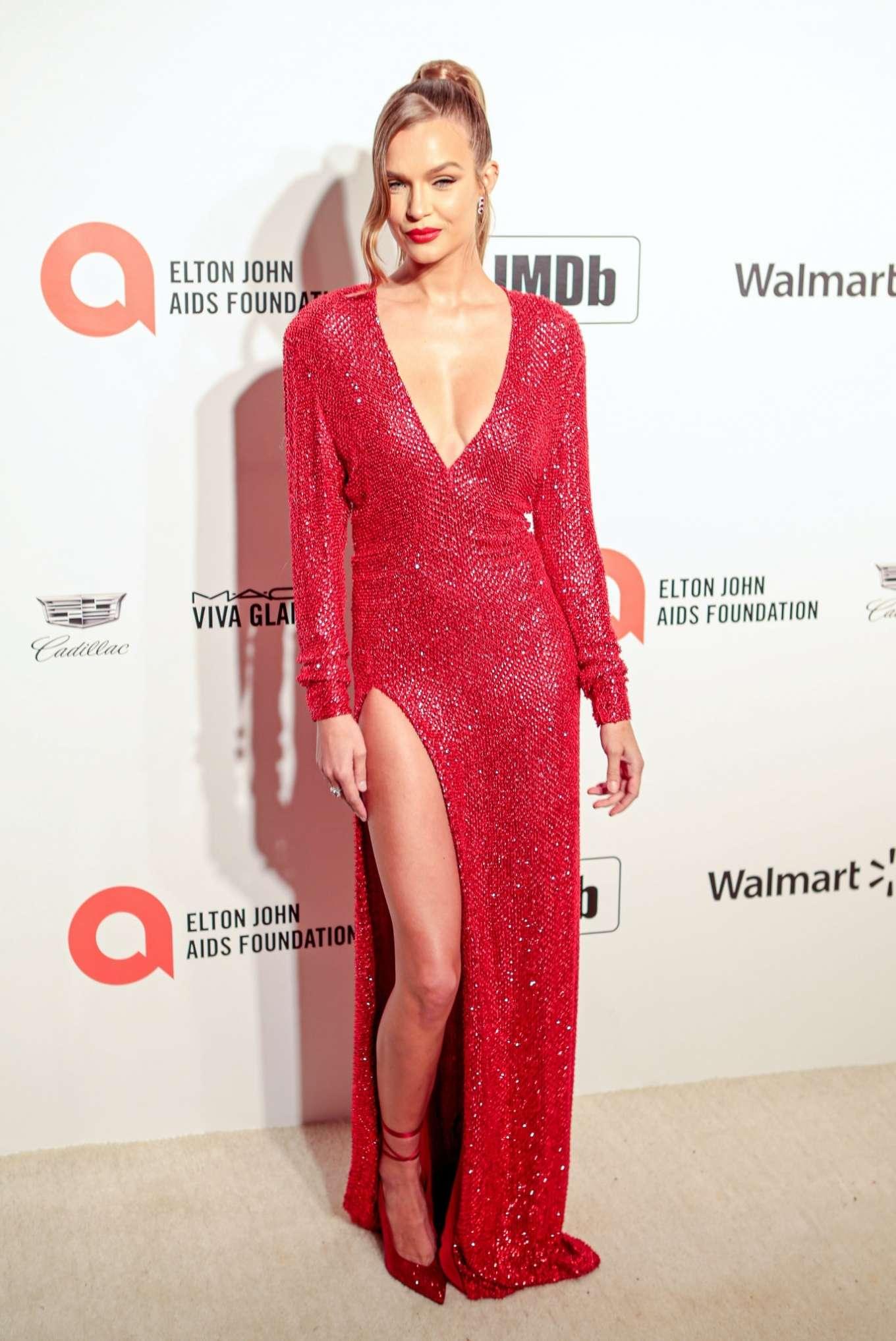 Josephine Skriver 2020 : Josephine Skriver – 2020 Elton John AIDS Foundation Oscar Viewing Party-24