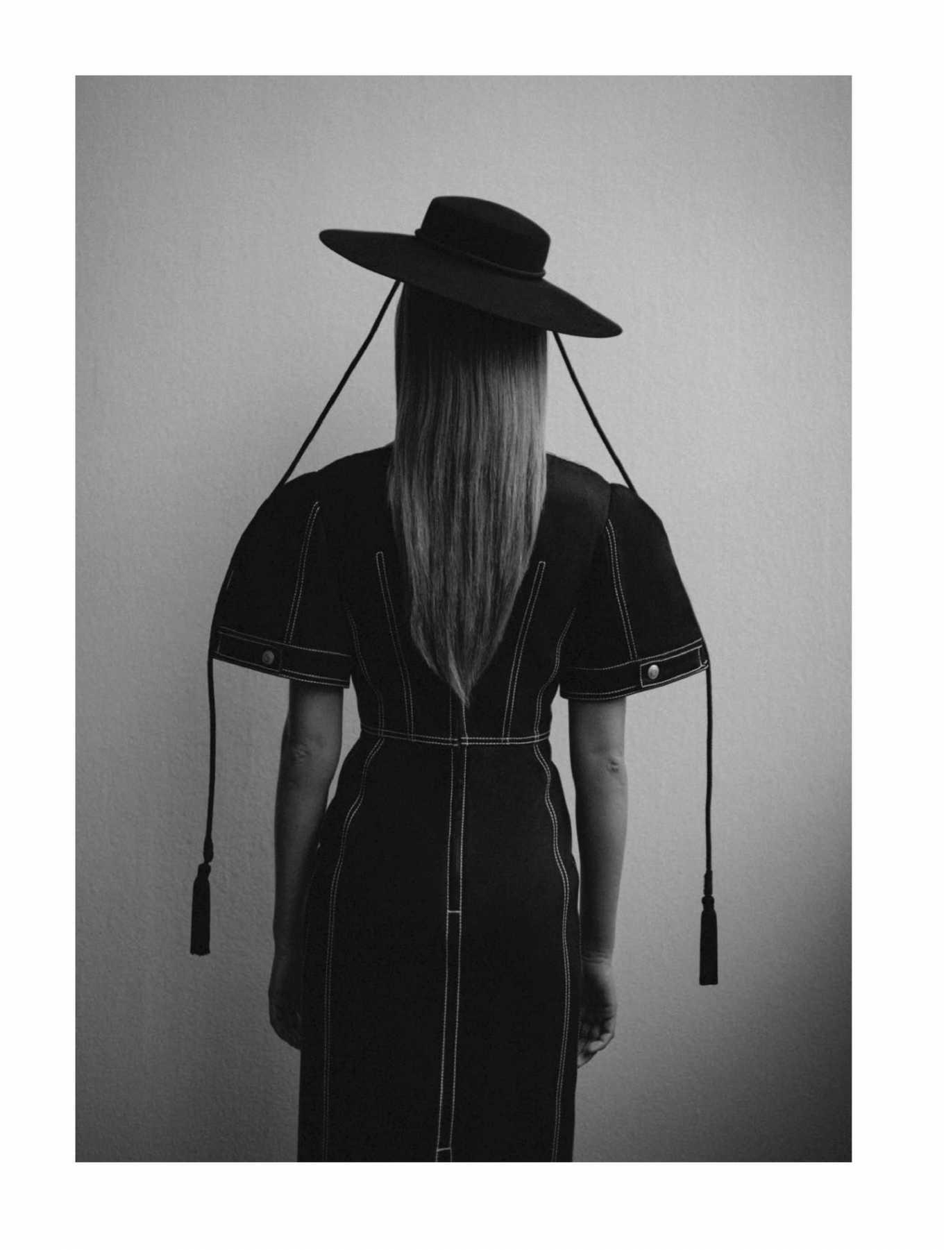Josephine Skriver 2020 : Josephine Skriver – Eurowoman Magazine 2020-01