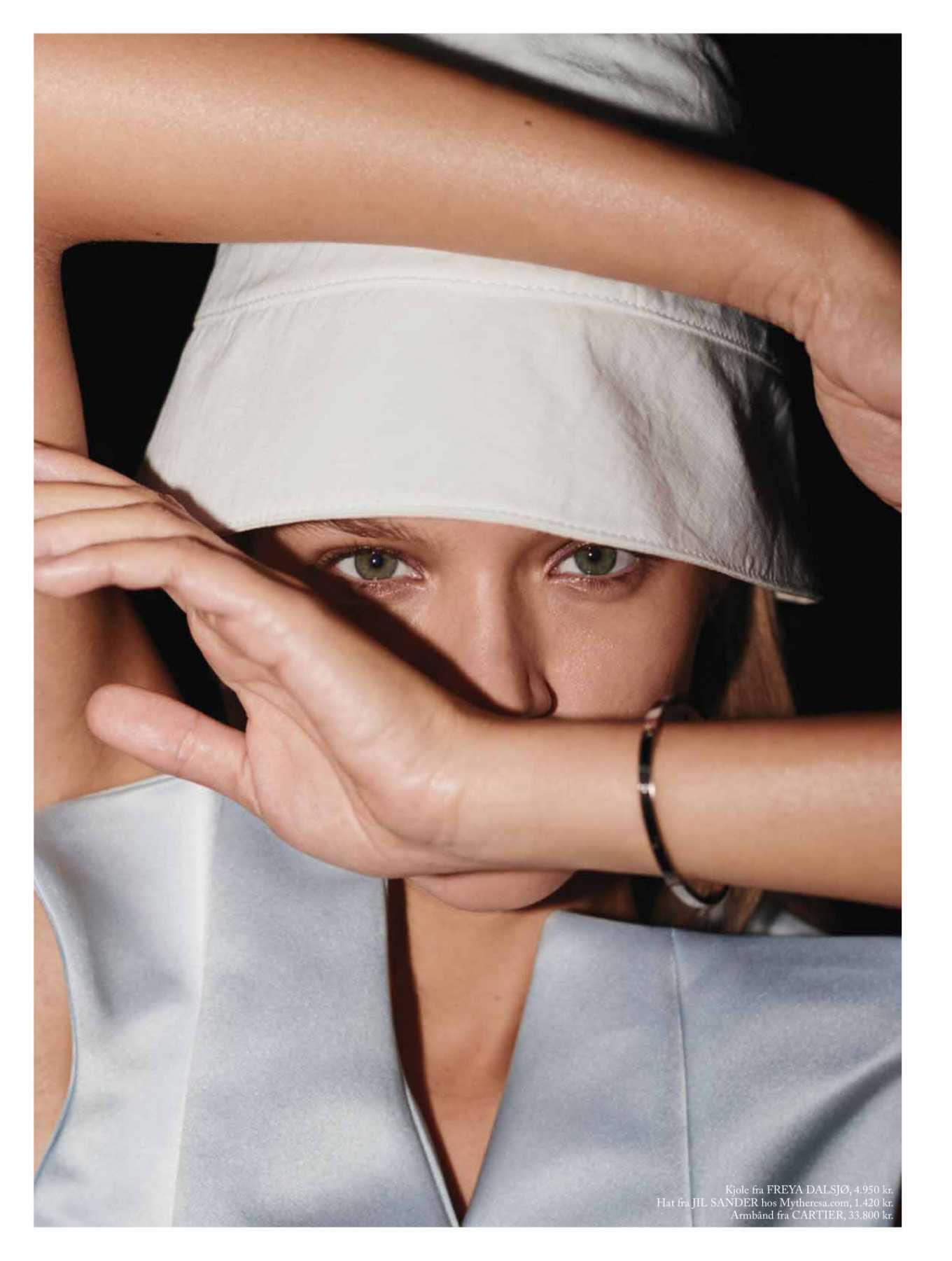 Josephine Skriver 2020 : Josephine Skriver – Eurowoman Magazine 2020-12