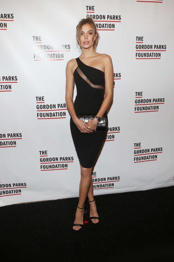 Josephine Skriver 2018 : Josephine Skriver: Gordon Parks Foundation Awards Dinner -02