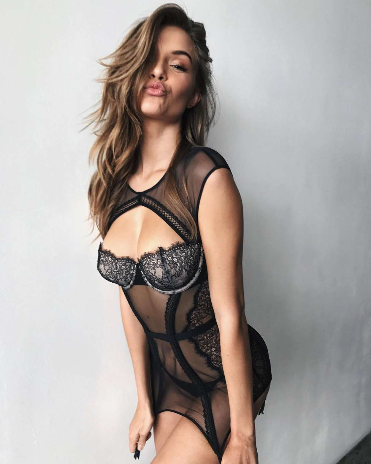 Hot Josephine Skriver nude photos 2019