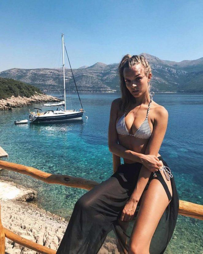 Josephine Skriver - Hot personal pics