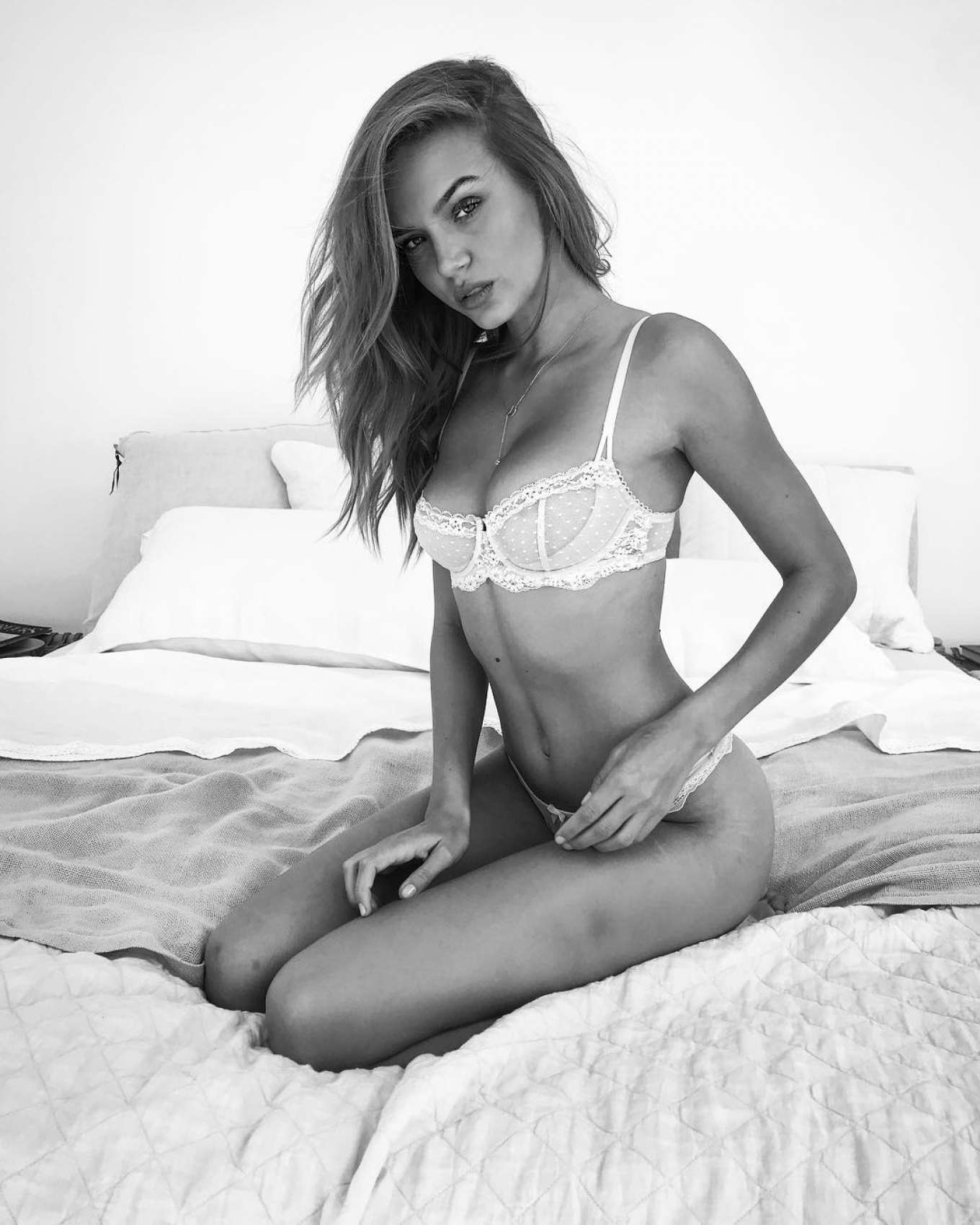 Hot Josephine Skriver naked (38 foto and video), Tits, Paparazzi, Selfie, braless 2020