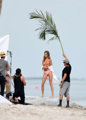 Josephine Skriver in Pink Bikini Photoshoot on the beach in Miami Pic 4 of 35