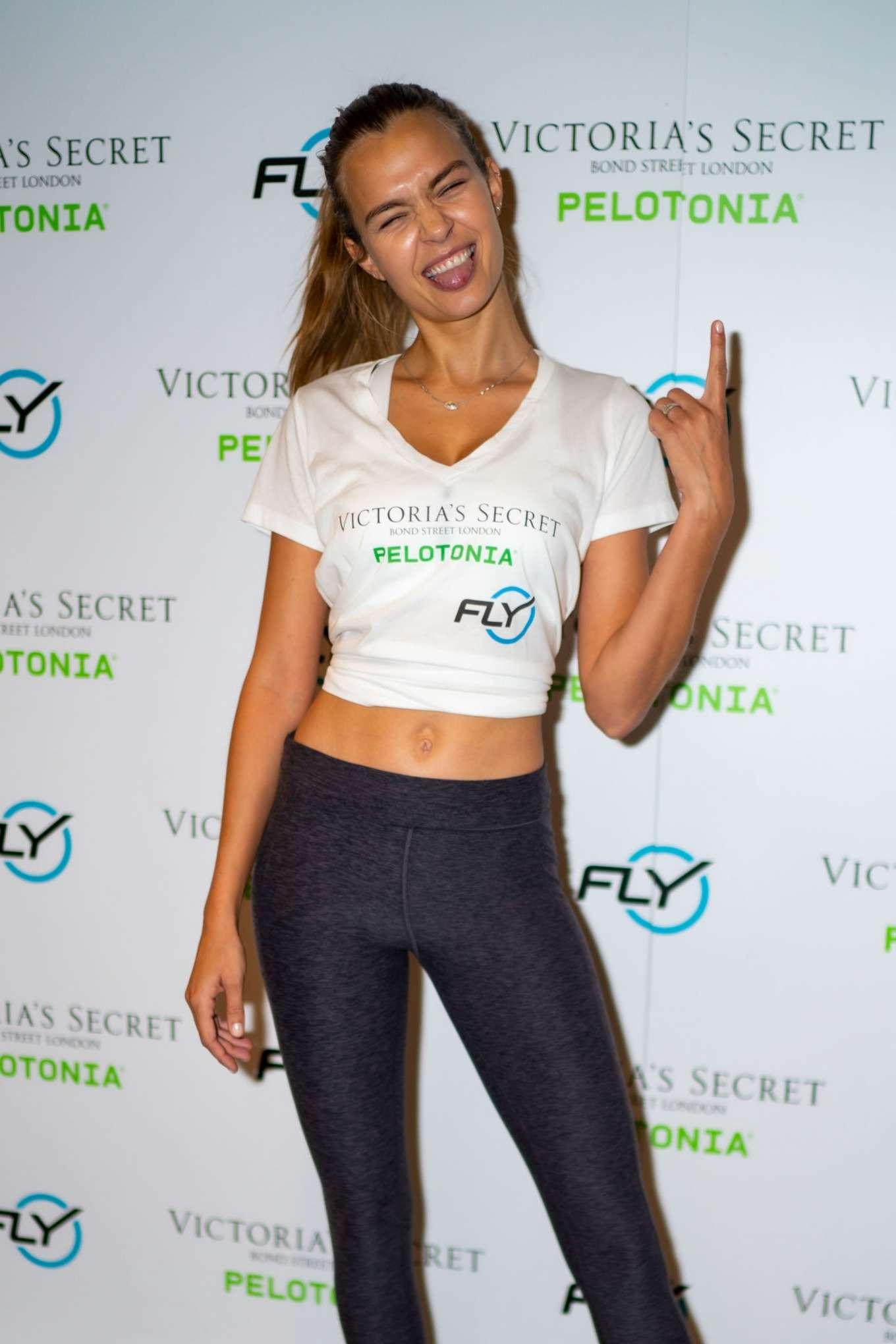 Josephine Skriver 2019 : Josephine Skriver – Victorias Secret Angel Cycle To End Cancer-01