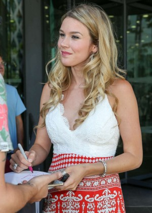 Joss Stone - Leaving BBC Breakfast Studios After Performing on the Show