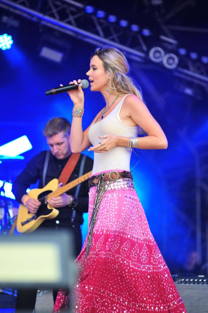 Joss Stone - Performs at CarFest North 2015 in Cheshire
