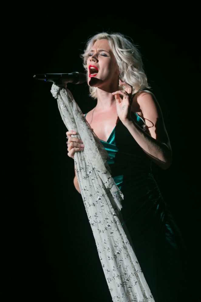 Joss Stone – Performs at St David's Hall in Cardiff