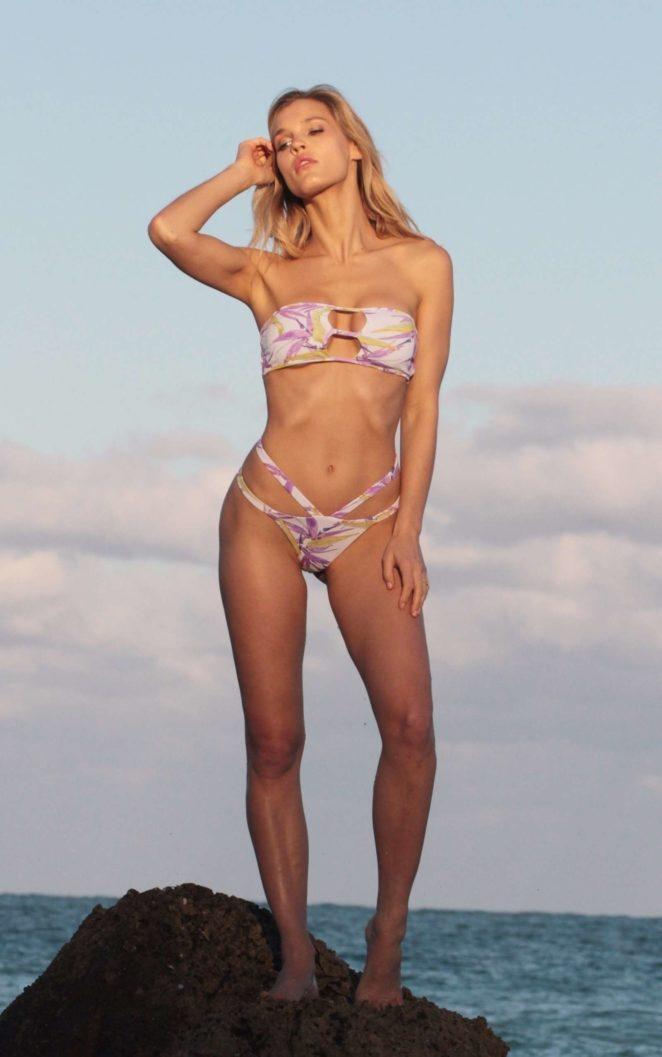 Joy Corrigan 2017 : Joy Corrigan: Bikini Photoshoot -21