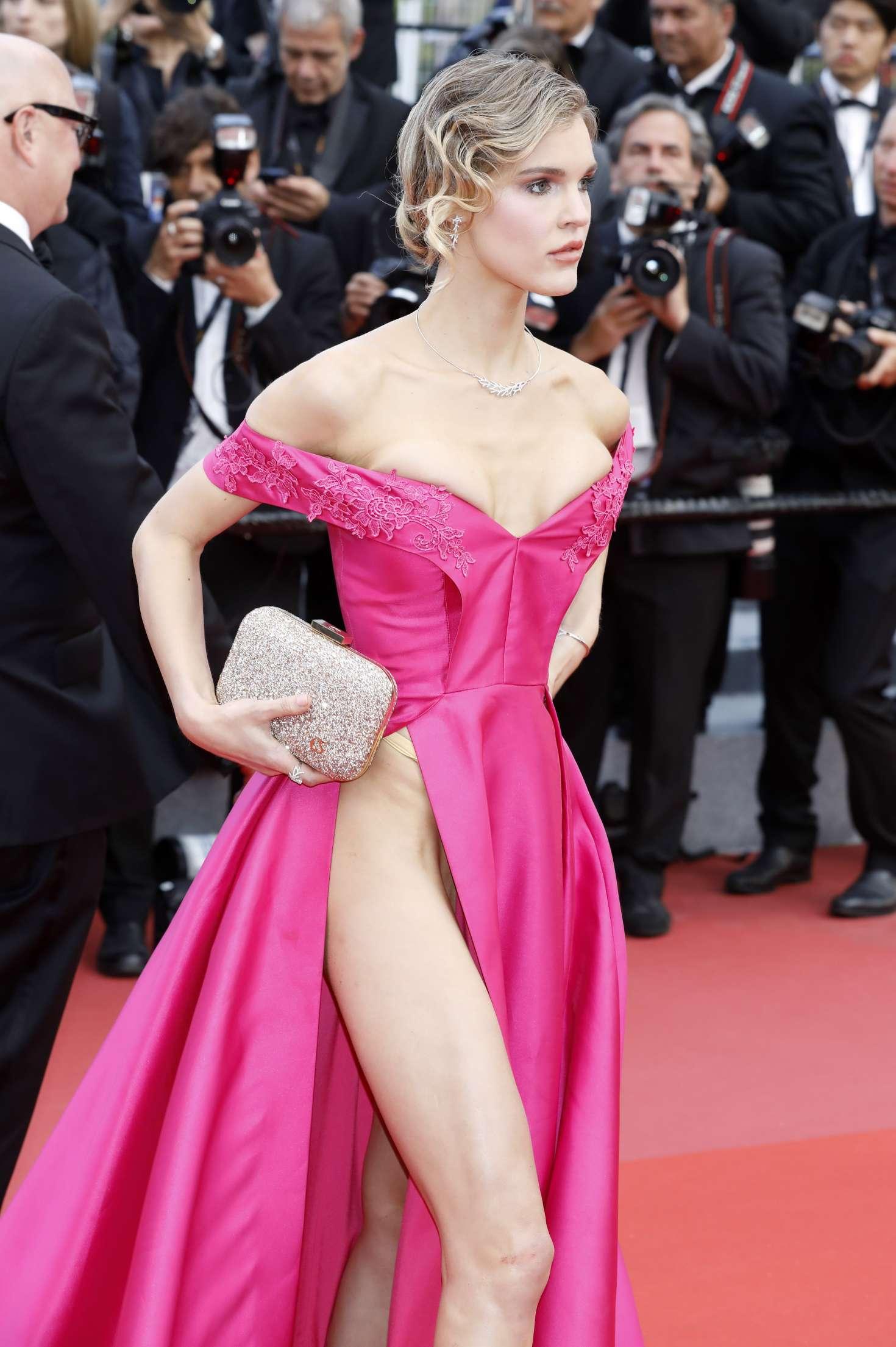 Актеры без нижнего белья порно непрофессионалов алина