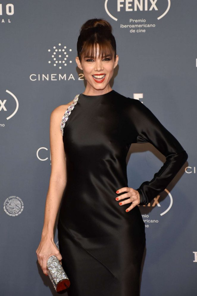 Juana Acosta - Fenix Awards 2016 in Mexico City
