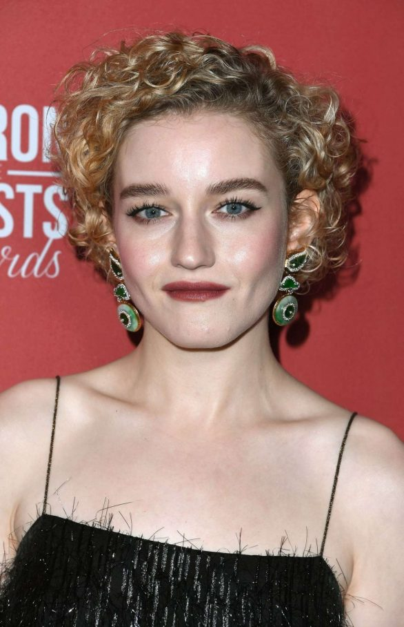 Julia Garner 4th Annual Patron Of The Artists Awards 02
