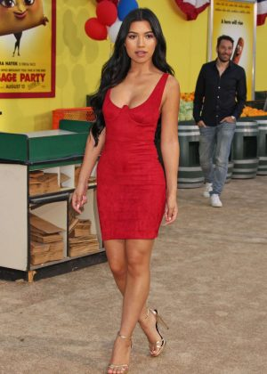 Julia Kelly - 'Sausage Party' Premiere in Westwood