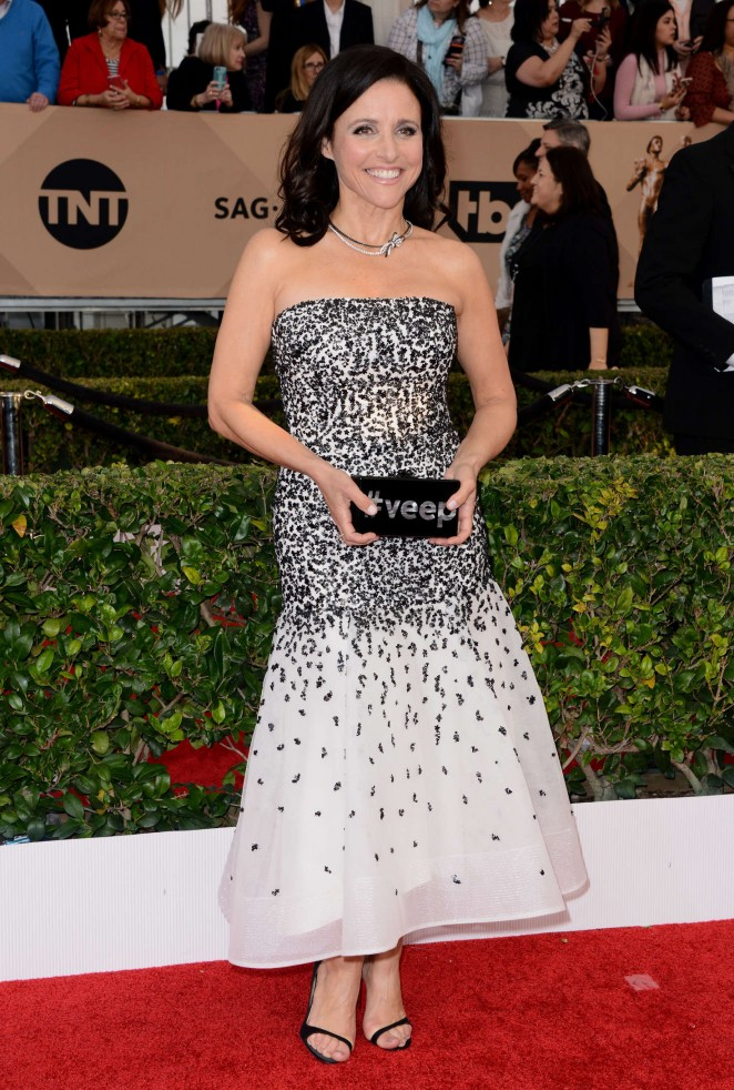 Julia Louis Dreyfus: 2016 SAG Awards -10