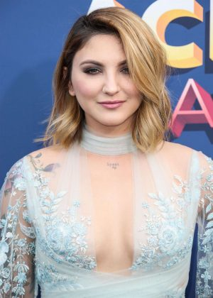Julia Michaels - 2018 Academy of Country Music Awards in Las Vegas