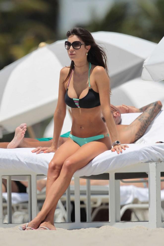 Julia Pereira in Bikini -04